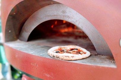 Naples pizzeria oven