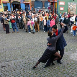 LaBoca-street-tango