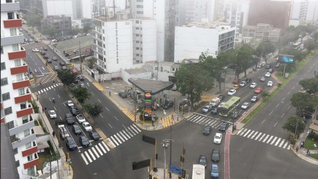 Reducto intersection in Miraflores (Lima, Peru)