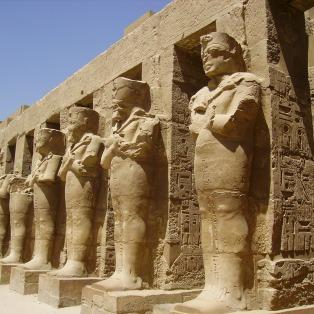 Karnak statuary